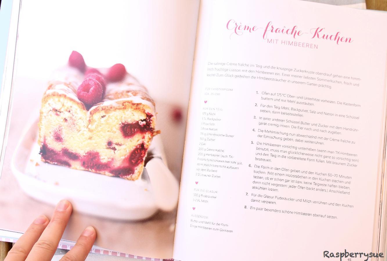 Jeanny S Creme Fraiche Kuchen Mit Beeren Raspberrysue
