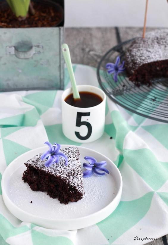 Zucchini-Schokoladen-Kuchen2