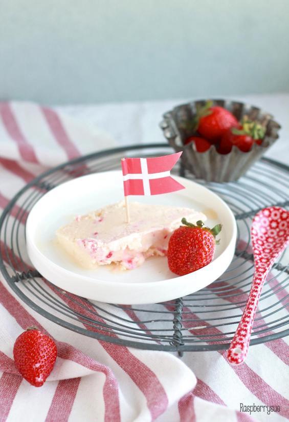 Limetteneis mit Erdbeerswirl3