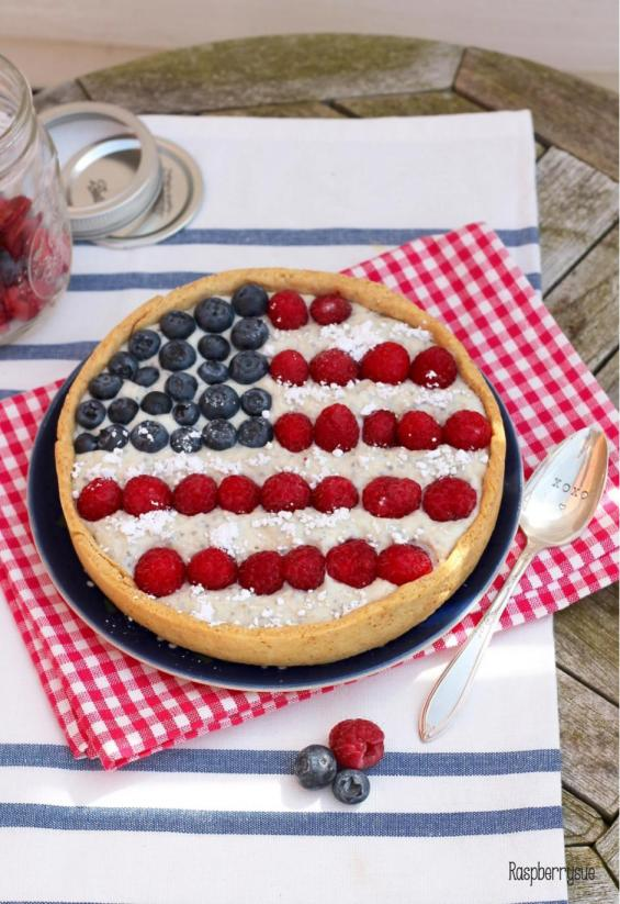 Summer Healthy Berry Tarte