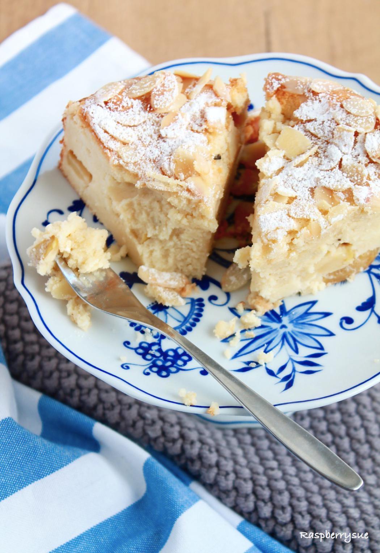Herbstlicher Apfel Mandel Kuchen Mit Quark Raspberrysue