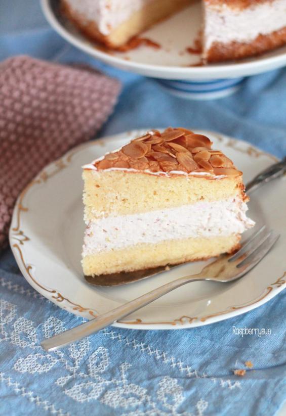 Himbeer-Rhabarber-Torte
