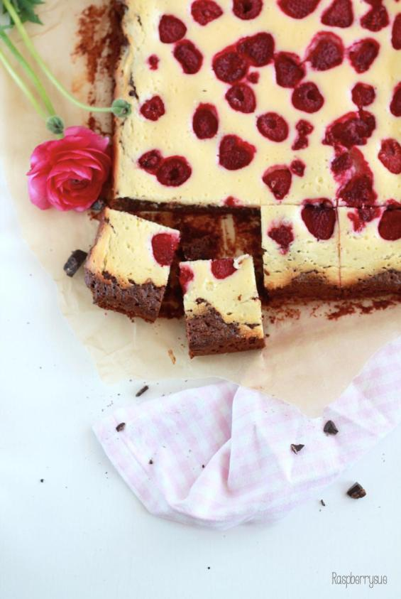 Raspberry Cheesecake Brownies 6