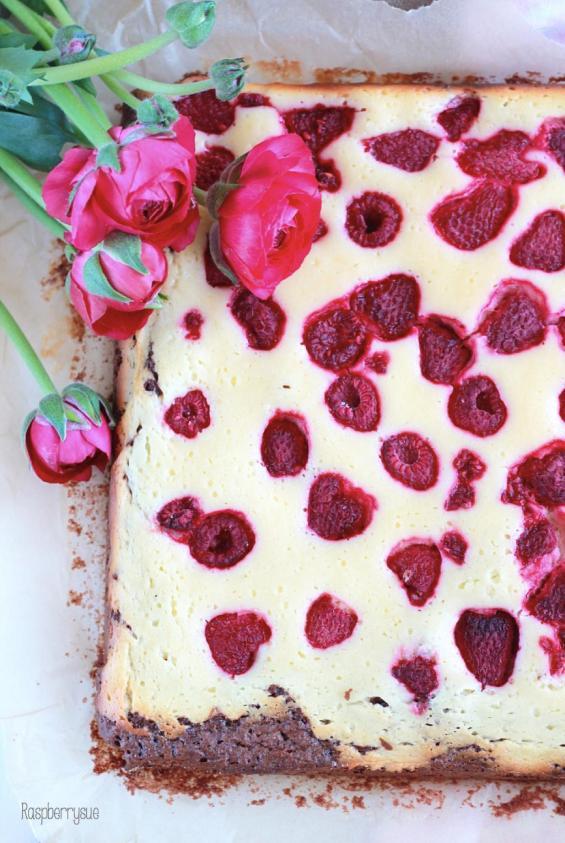 Raspberry Cheesecake Brwonies 2