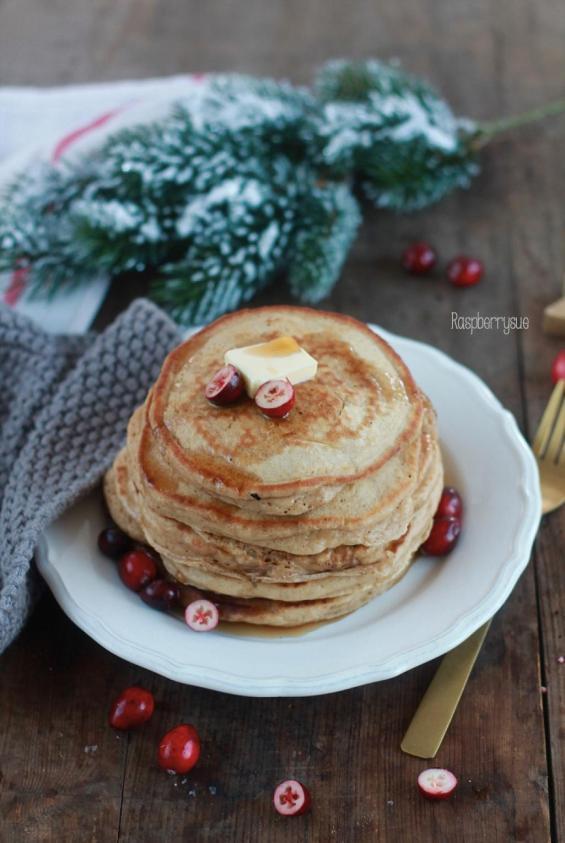 adventsbrunch-mit-pancakes