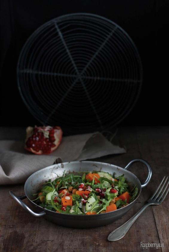 salat-mit-kuerbis-und-granatapfel